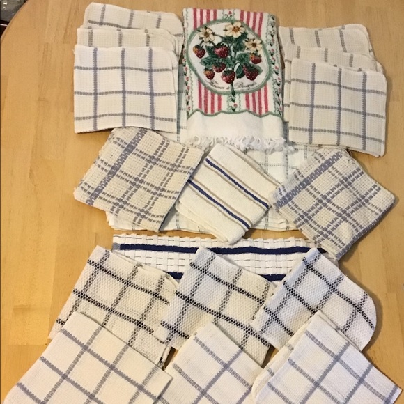 Other - NEW 19-piece assorted towel & washrag lot